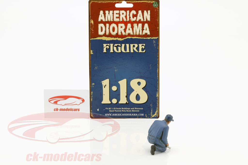 mechanic Juan with lug wrench figure 1:18 American Diorama