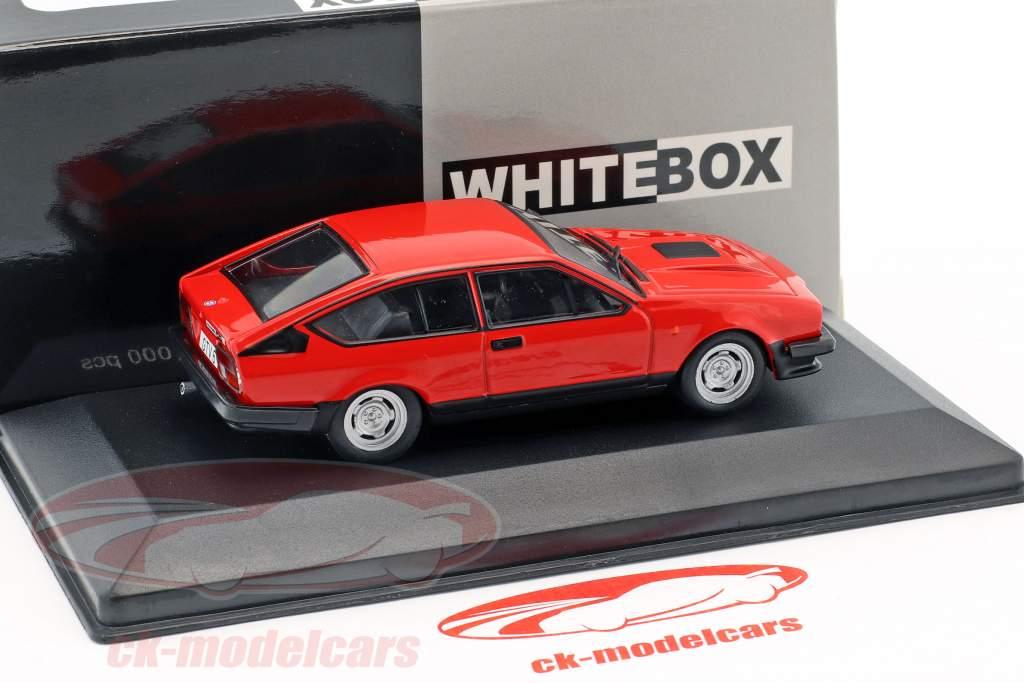 Alfa Romeo GTV6 Opførselsår 1985 rød 1:43 WhiteBox