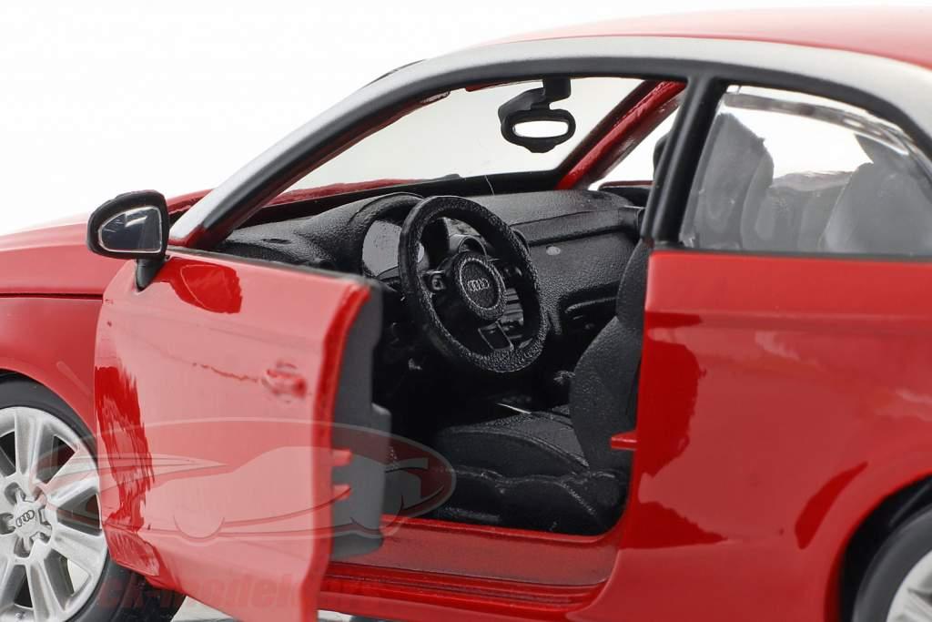 Audi A1 (8X) rosso 1:24  Bburago