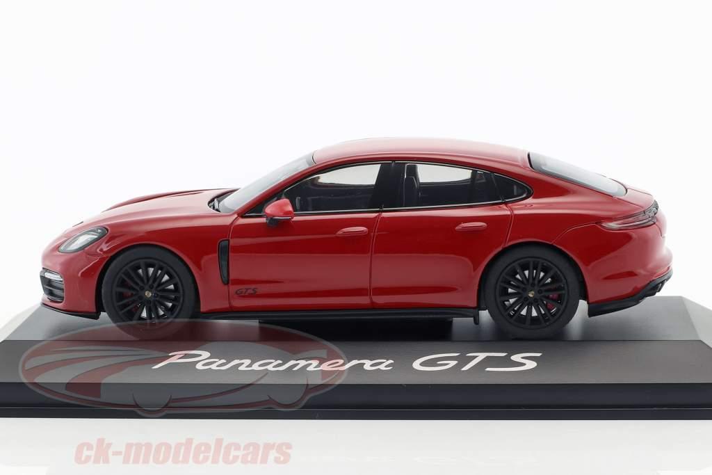 Porsche Panamera GTS Opførselsår 2016 carmin rød 1:43 Herpa