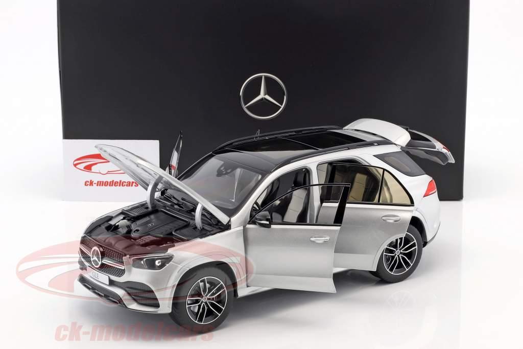 Mercedes-Benz GLE (V167) année de construction 2018 iridium argent 1:18 Norev