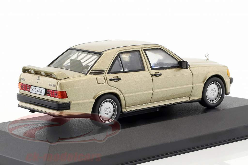 Mercedes-Benz 190 E 2.3-16V (W201) Opførselsår 1984 guld metallisk 1:43 Altaya