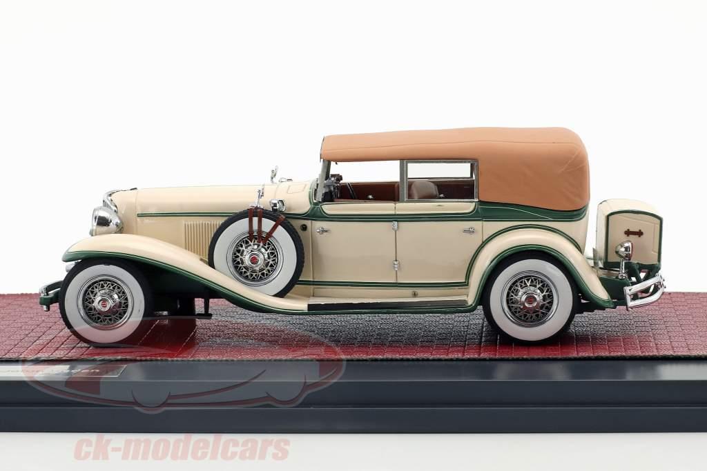 Cord L-29 Phaeton Sedan Closed Top Opførselsår 1931 creme hvid / grøn 1:43 Matrix