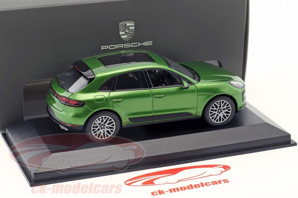 Porsche Macan S Opførselsår 2018 mamba grøn metallisk 1:43 Minichamps