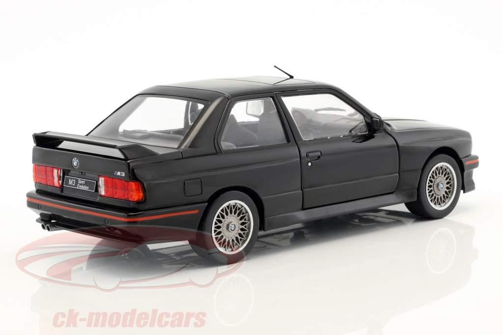 BMW M3 E30 Sport Evolution Bouwjaar 1990 zwart 1:18 Solido