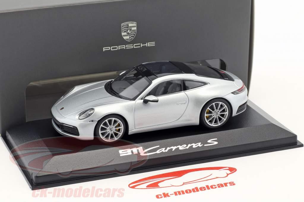 Porsche 911 (992) C2S Coupe Baujahr 2019 dolomitsilber metallic 1:43 Minichamps