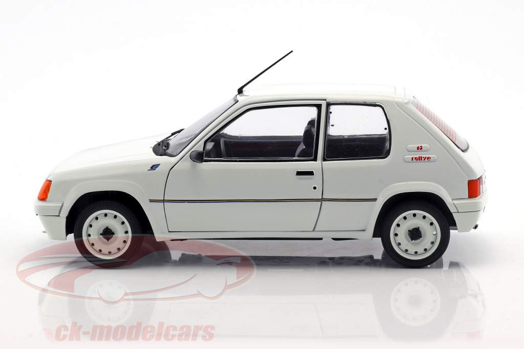 Peugeot 205 Rallye MK1 anno di costruzione 1988 bianco 1:18 Solido