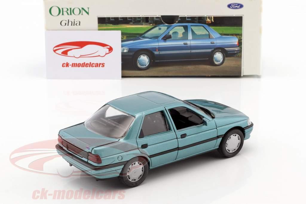 Ford Orion Ghia vert métallique 1:24 Schabak