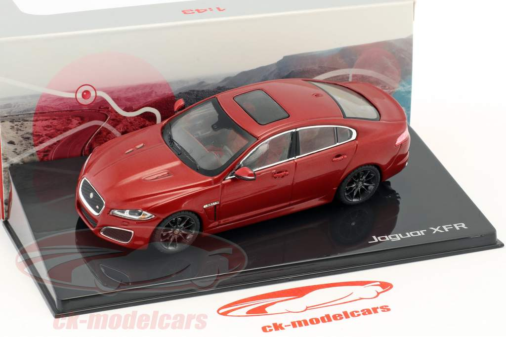 Jaguar XFR italian racing red 1:43 Ixo