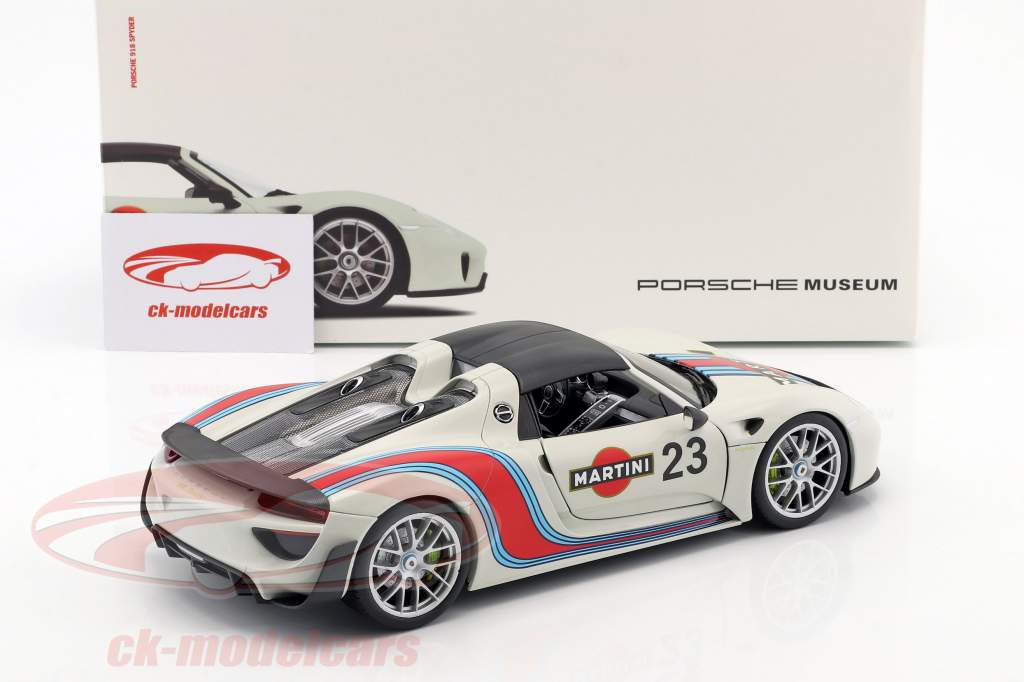 Porsche 918 Spyder #23 Martini Design gray white / red / blue 1:18 Welly