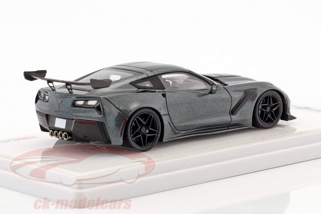 Chevrolet Corvette C7 ZR-1 dark shadow grau 1:43 TrueScale