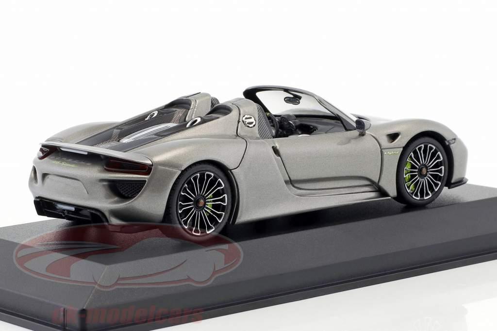 Porsche 918 Spyder année de construction 2013 liquid metal argent 1:43 Minichamps