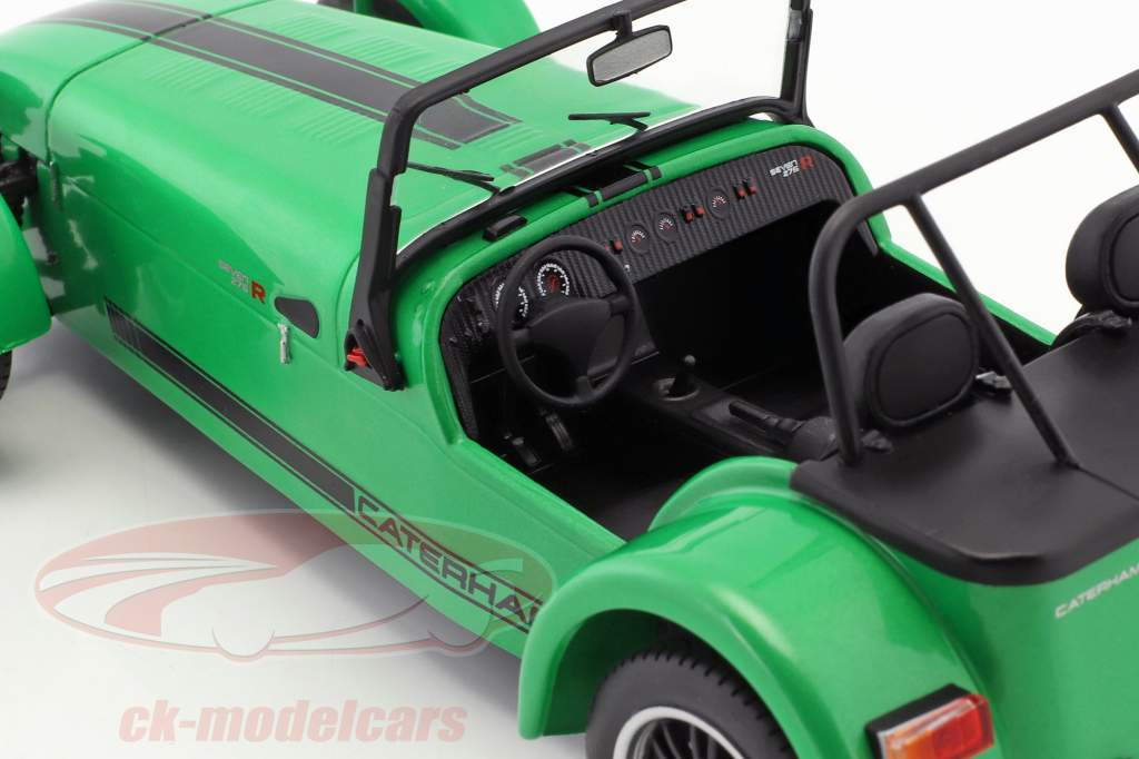 Caterham Seven 275R year 2014 green / black 1:18 Solido