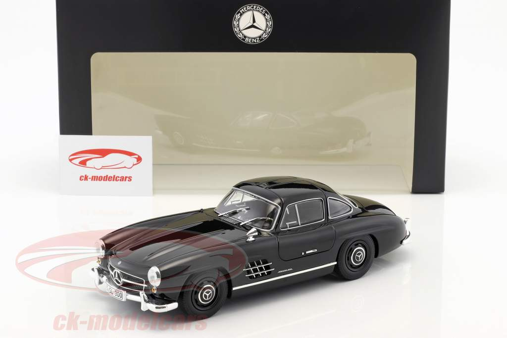 Mercedes-Benz 300 SL Gullwing (W 198) year 1954 black 1:18 Minichamps
