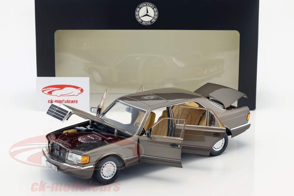 Mercedes-Benz 560 SEL (V 126) Construction year (1985-1991) impala brown 1:18 Norev