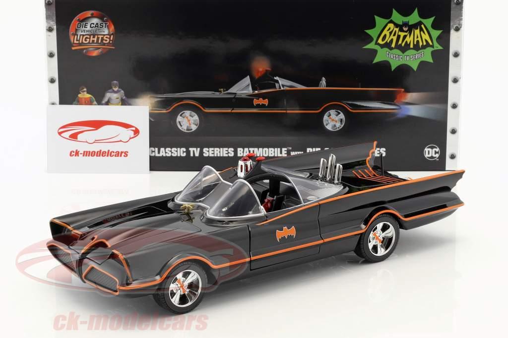 Batmobile Classic TV Series 1966 用 Batman 和 Robin 数字 1:18 Jada Toys