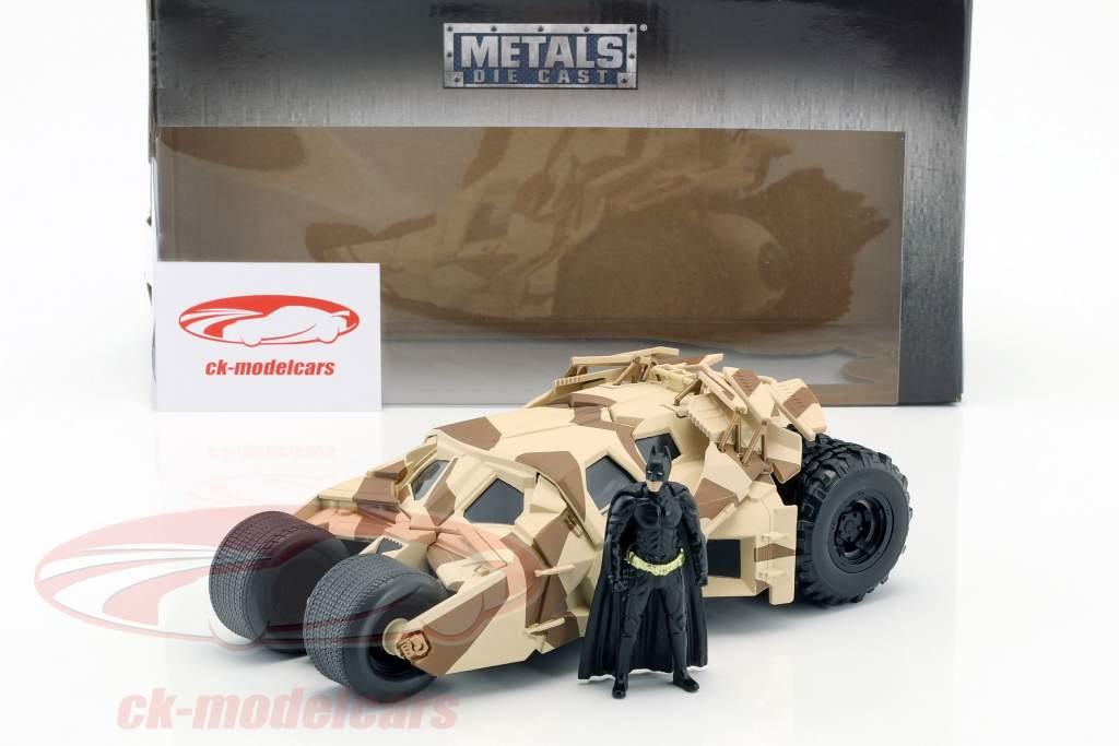 Batmobile van de film The Dark Knight 2008 met Batman figuur 1:24 Jada Toys