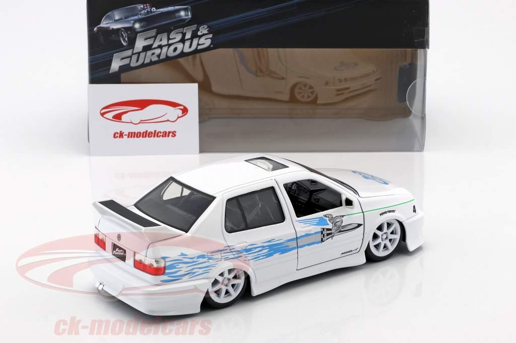 Jesse's Volkswagen VW Jetta A3 de la film Fast & Furious 2001 blanc / bleu 1:24 Jada Toys