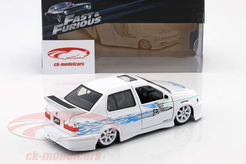 Jesse's Volkswagen VW Jetta A3 from the movie Fast & Furious 2001 white / blue 1:24 Jada Toys