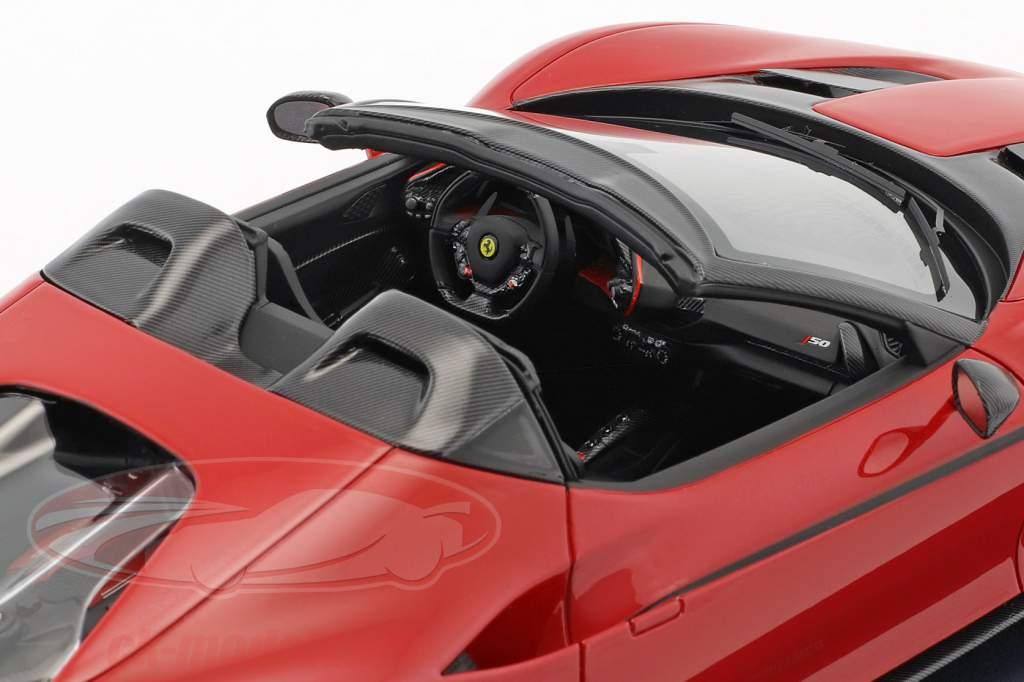 Ferrari J50 Roadster Baujahr 2016 rosso tristrato mit Vitrine 1:18 LookSmart