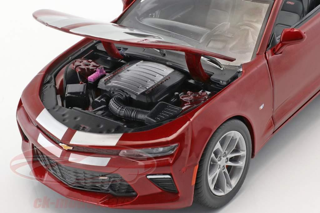 Chevrolet Camaro SS Cabriolet année de construction 2017 pourpre métallique 1:24 Greenlight