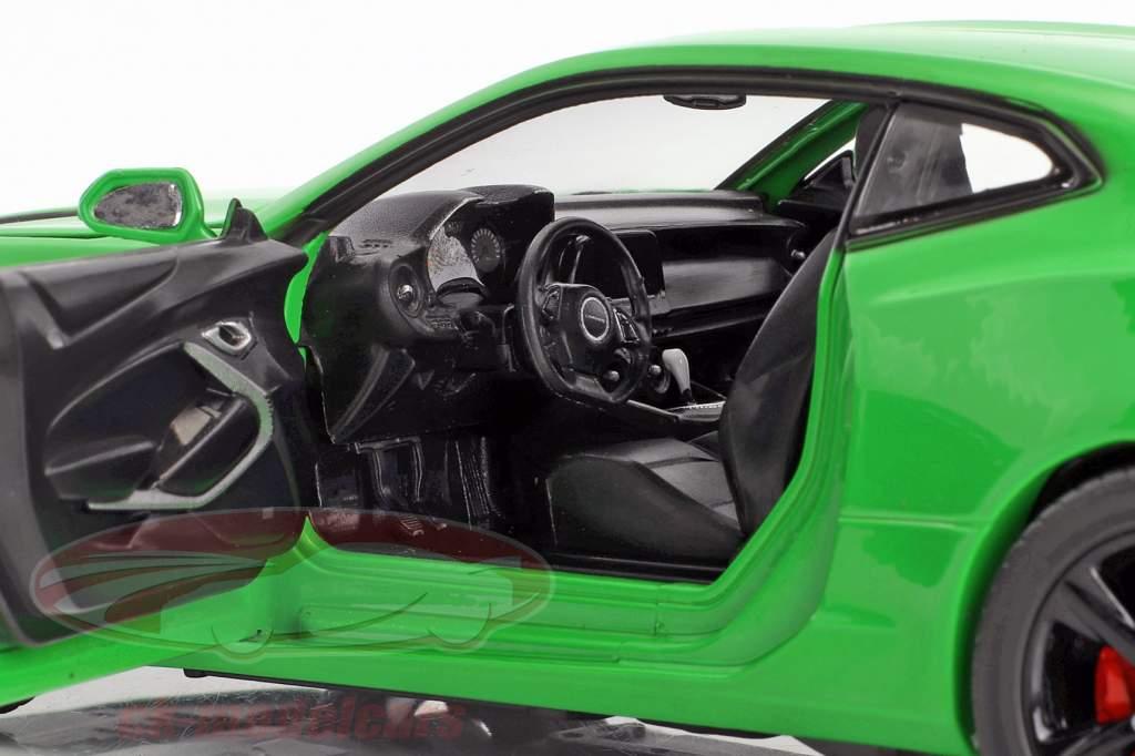 Chevrolet Camaro SS Baujahr 2017 krypton grün 1:24 Greenlight