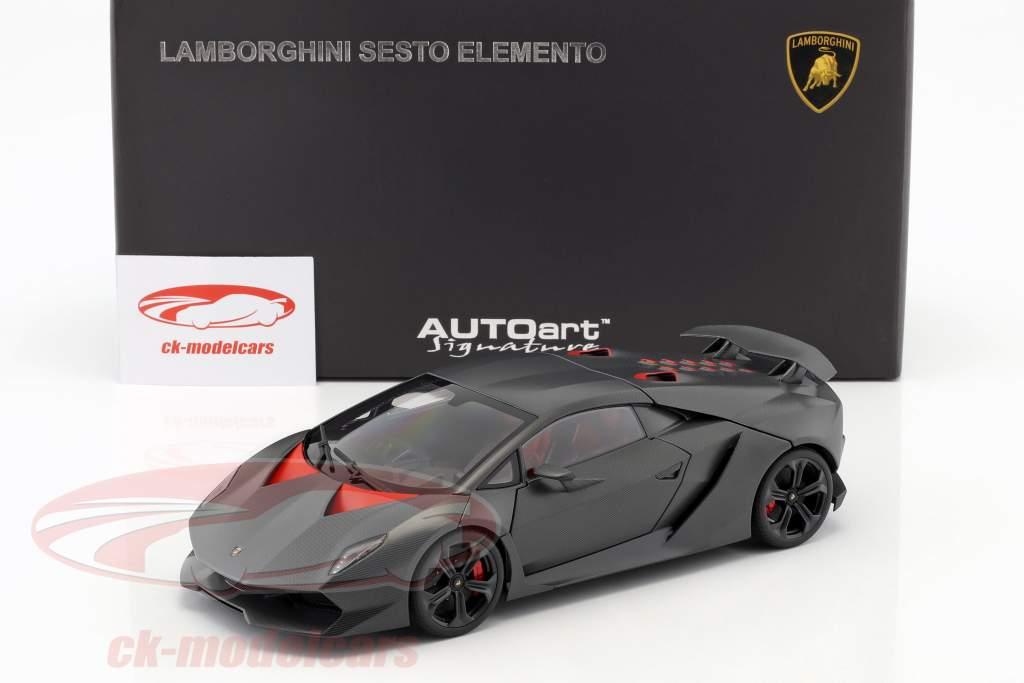 Lamborghini Sesto Elemento Jaar 2010 carbon grijs 1:18 AUTOart