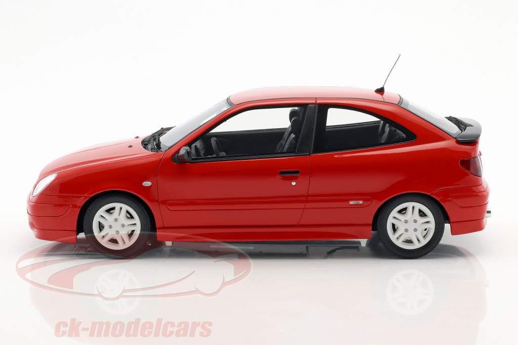 Citroen Xsara Sport Phase I ano de construção 2000 vermelho 1:18 OttOmobile