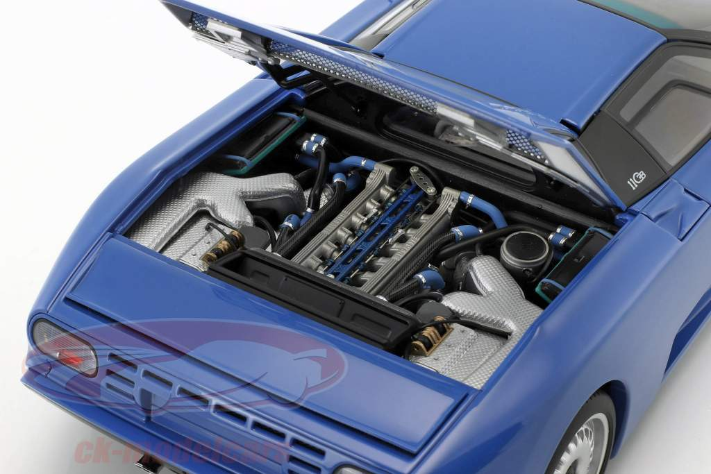 Bugatti EB110 GT År 1991 blå 1:18 AUTOart