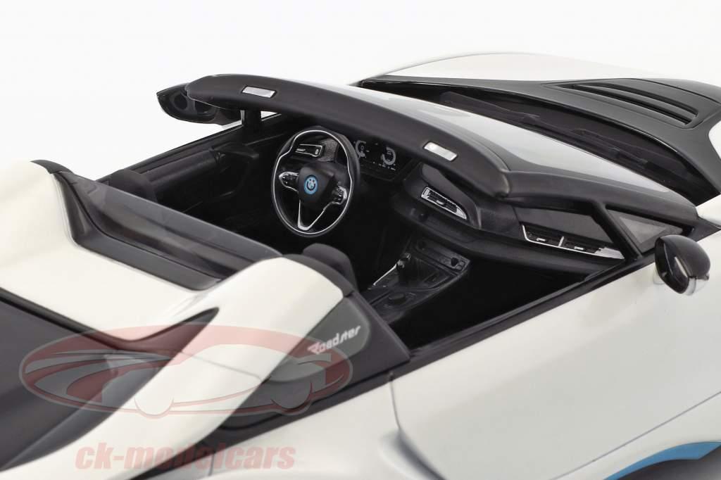 BMW I8 Roadster (I15) Opførselsår 2018 hvid metallisk 1:18 Minichamps