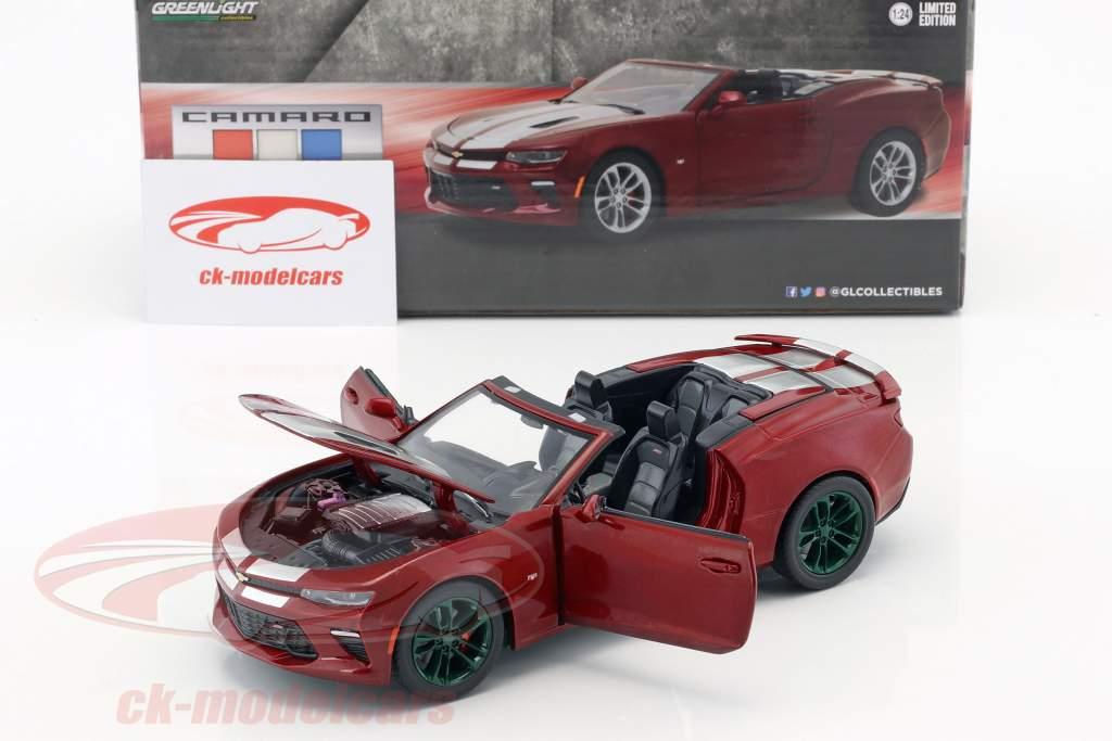 Chevrolet Camaro SS Cabriolet year 2017 dark red metallic / green 1:24 Greenlight
