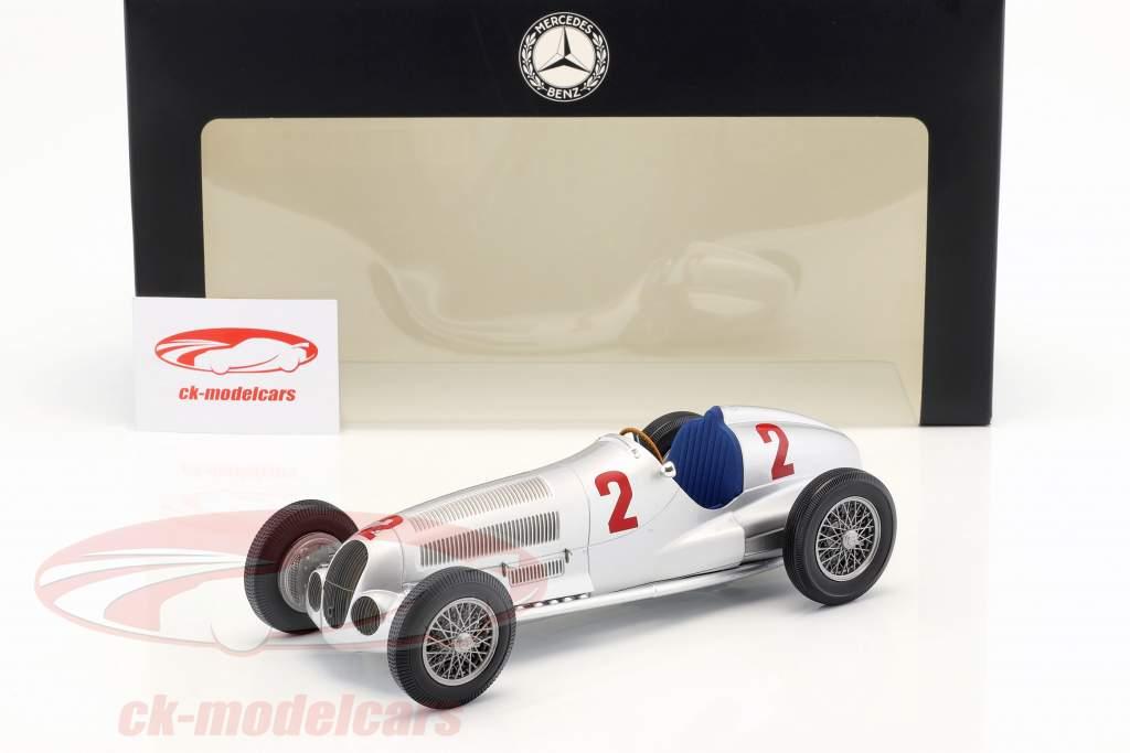 Hermann Lang Mercedes-Benz W125 #2 winnaar Tripoli GP 1937 1:18 Minichamps