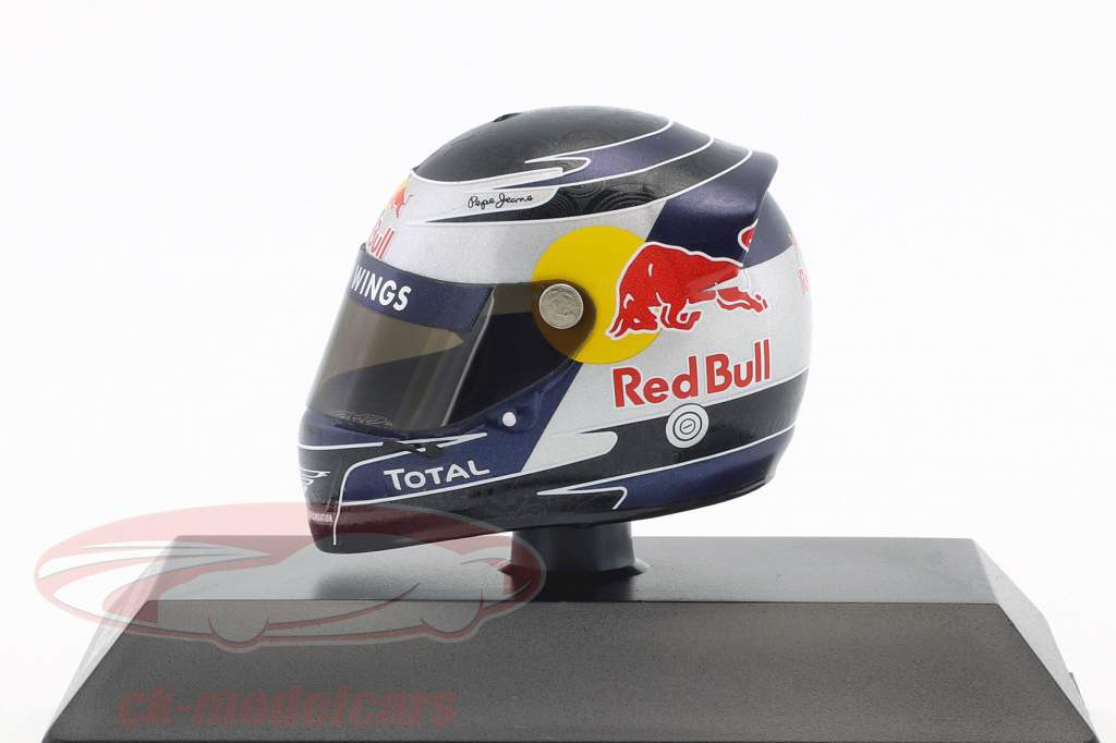 S. Vettel Red Bull GP Malaysia Formula 1 World Champion 2010 Helmet 1:8 Minichamps