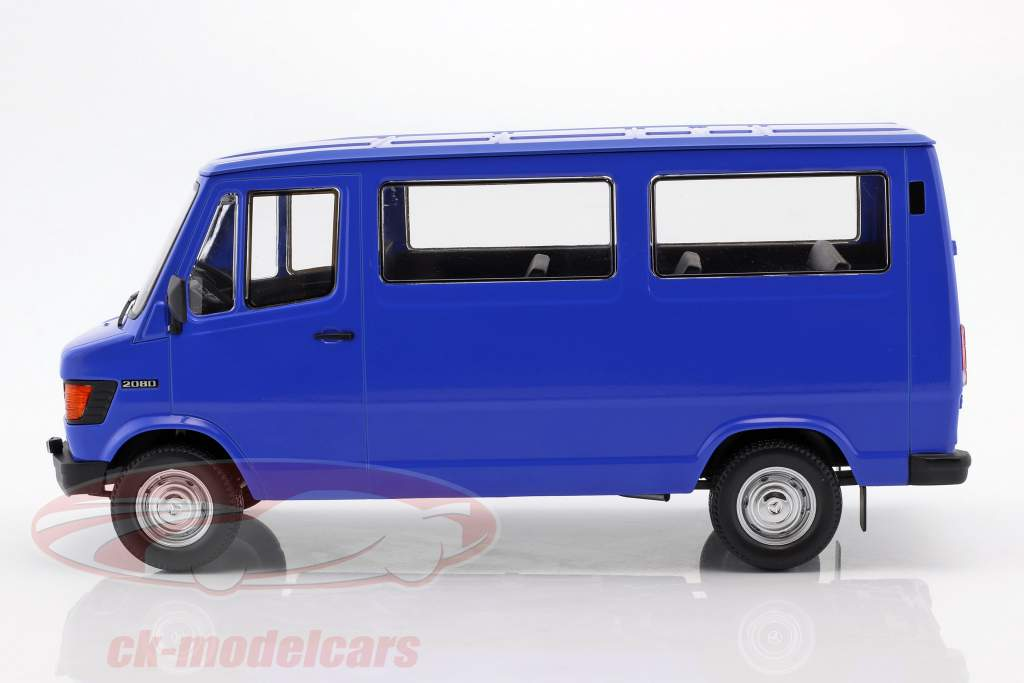 Mercedes-Benz 208 D Bus ano de construção 1988 azul 1:18 KK-Scale