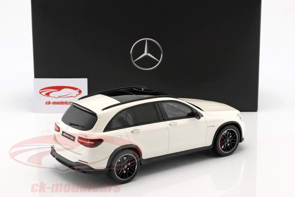 Mercedes-Benz AMG GLC 63 SUV designo diamant hvid lyse 1:18 GT-SPIRIT