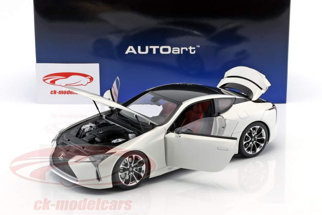 Lexus LC 500 blanc métallique 1:18 AUTOart