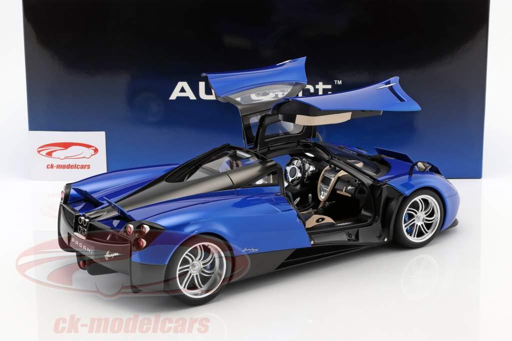 Pagani Huayra año de construcción 2011 azul metálico 1:12 AUTOart