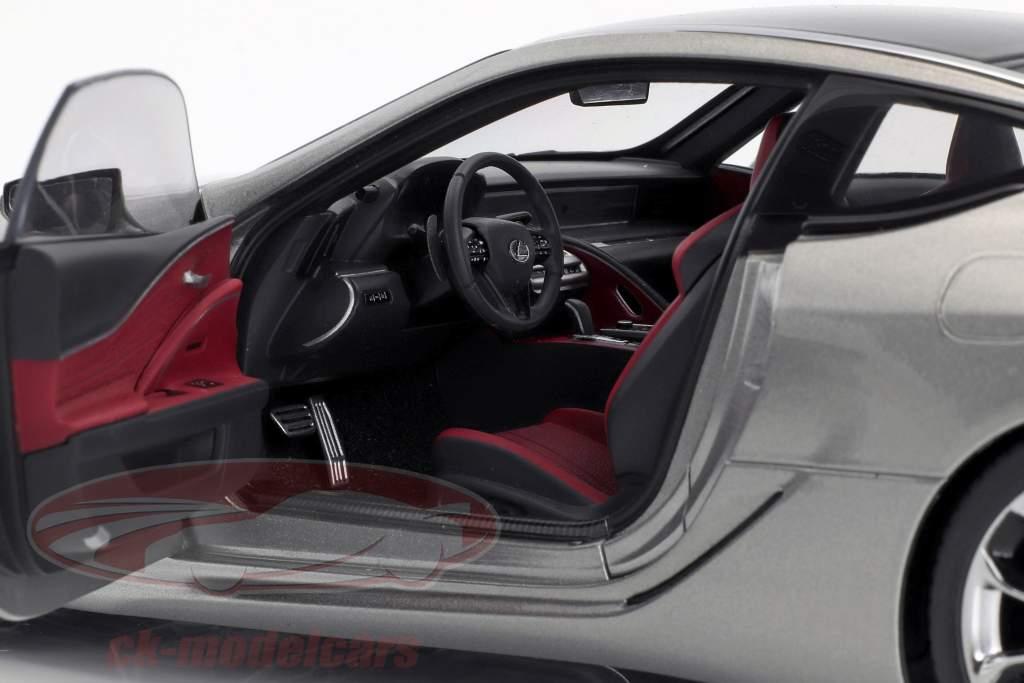 Lexus LC 500 titanio gris metálico 1:18 AUTOart