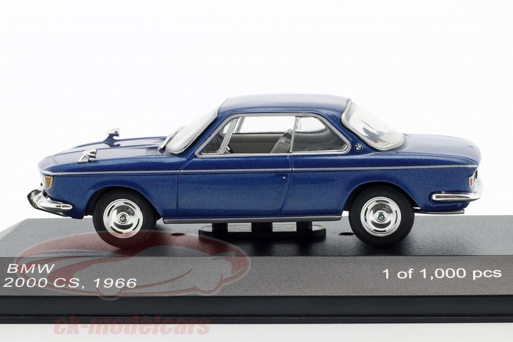 BMW 2000 CS Opførselsår 1966 blå metallic 1:43 WhiteBox