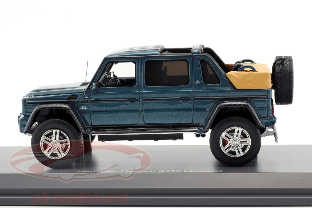 Mercedes-Benz Maybach G650 Landaulet blue metallic 1:43 Schuco