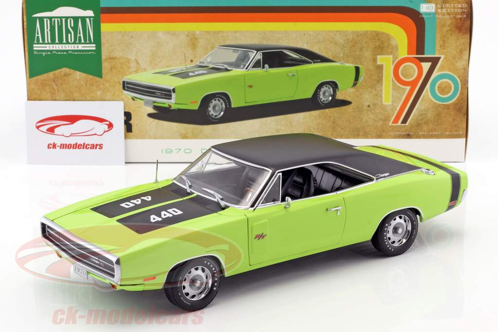 Dodge Charger R/T SE year 1970 sublime green 1:18 Greenlight