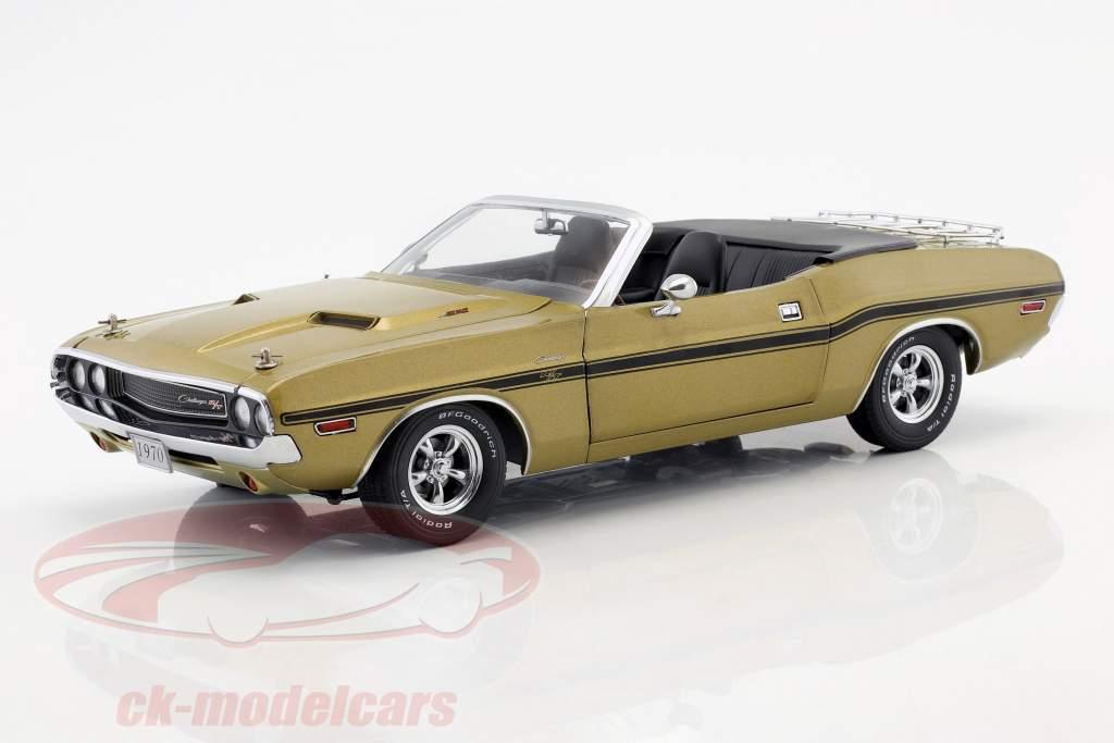 Dodge Challenger R/T Convertible year 1970 gold metallic 1:18 Greenlight
