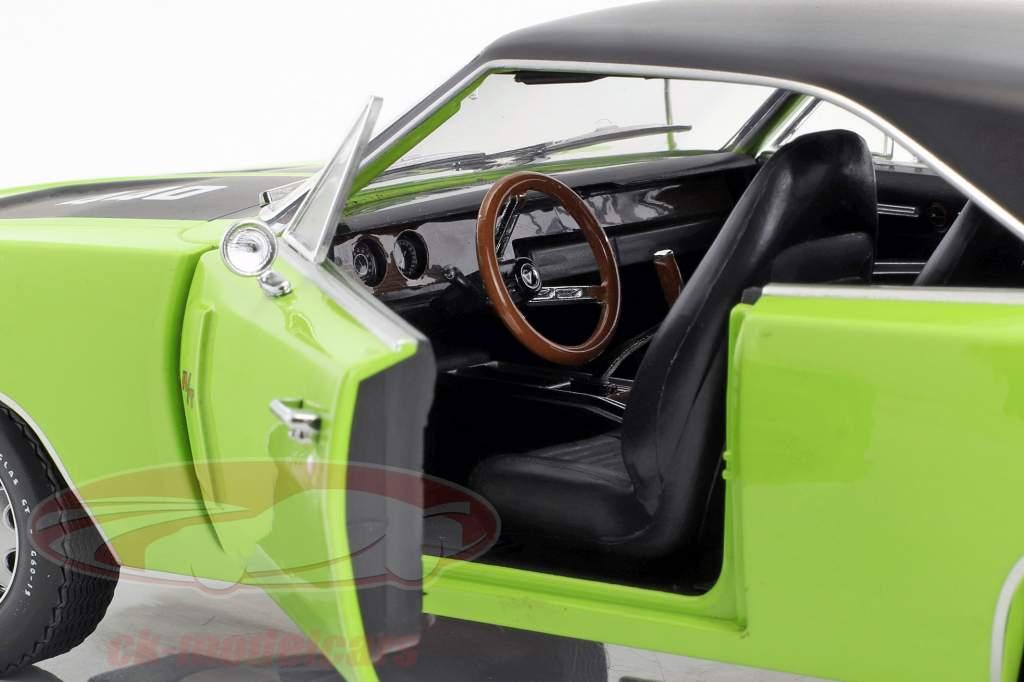 Dodge Charger R/T SE Bouwjaar 1970 sublime groen 1:18 Greenlight