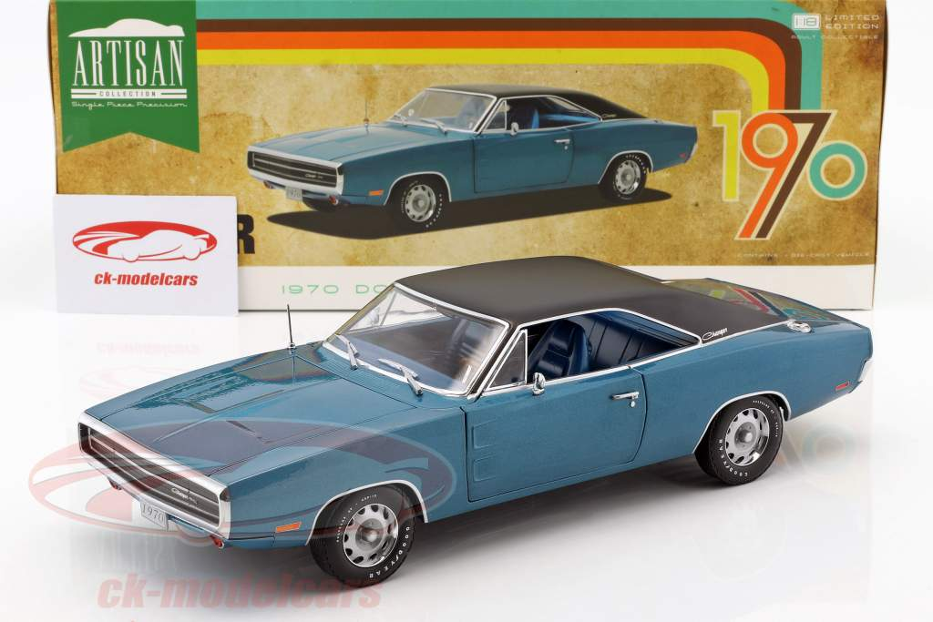 Dodge Charger 500 SE année de construction 1970 bleu / noir 1:18 Greenlight