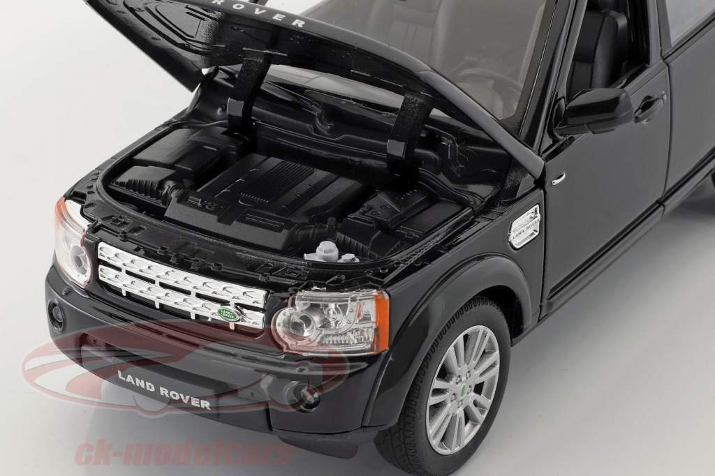 Land Rover Discovery year 2010 black 1:24 Welly