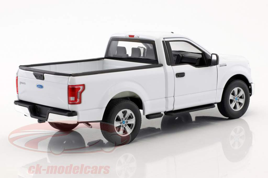 Ford F-150 Regular Cab Pick-Up Bouwjaar 2015 wit 1:24 Welly
