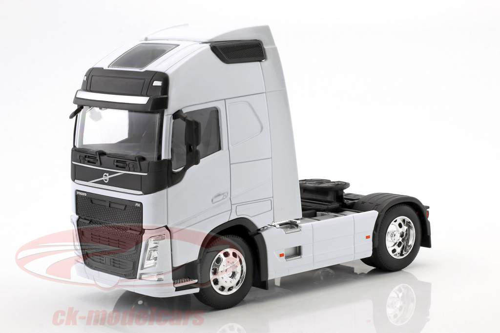 Volvo FH (4x2) Sattelzugmaschine Baujahr 2016 weiß 1:32 Welly