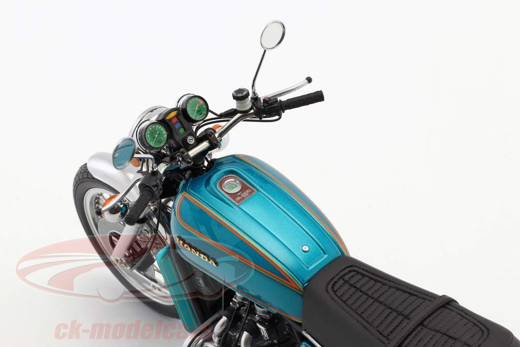Honda Goldwing GL 1000 K0 year 1975 turquoise metallic 1:12 Minichamps