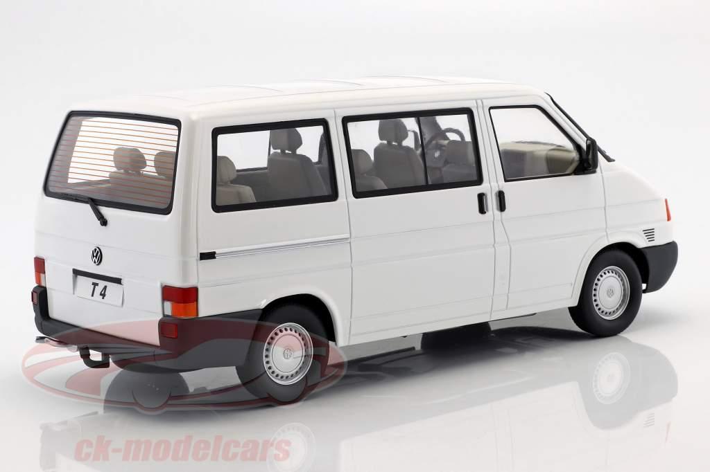 Volkswagen VW T4 bus Caravelle Bouwjaar 1992 wit 1:18 KK-Scale