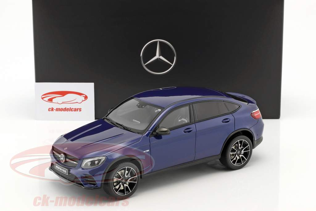 Mercedes-Benz AMG GLC 43 coupe briljant blauw 1:18 GT-Spirit
